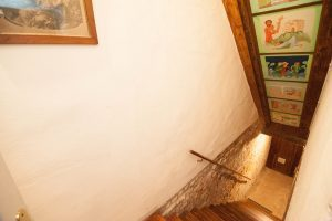 CASA TRECENTO The staircase to the apartment
