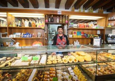 CASA TRECENTO Coffee and pastries shop round the corner