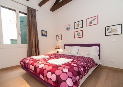 COSY NEST APARTMENT, the double bed