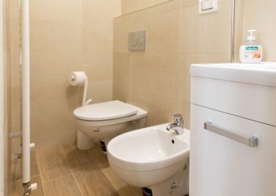 CA' VERNIER APARTMENT, the bathroom