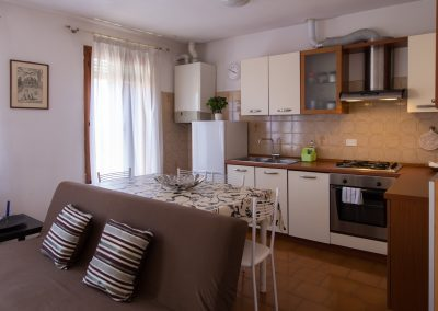 BIANCO 3 APARTMENT, the kitchenette