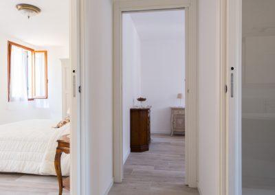 GIARDINO SEGRETO APARTMENT, the corridor to the bedrooms